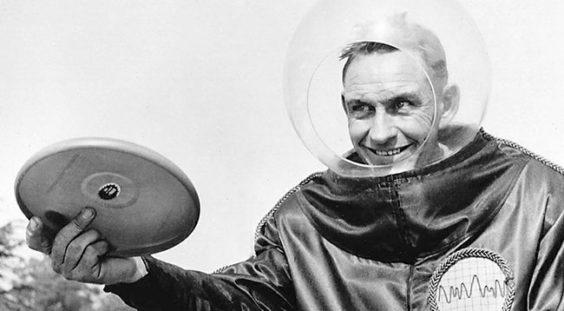Pluto Platter